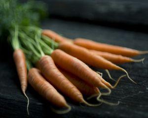 4 masti cu morcov pentru un ten perfect