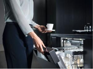 5 motive pentru care merita sa folosesti o masina de spalat vase