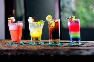 Retete de cocktail pentru o vara racoroasa si fara alcool