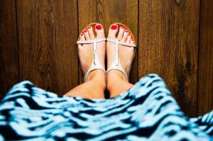 Opt modele de pedichiura de vara: sursa ta de inspiratie estivala