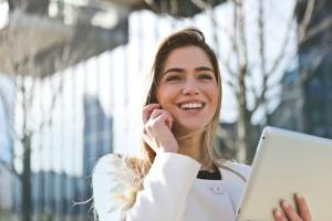 5 motive ca sa zambesti in fiecare zi