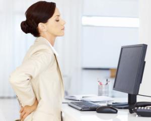 Lucrezi la birou? Statul pe scaun iti afecteaza sanatatea