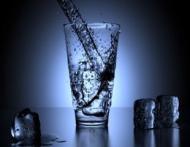 Copiii devin mai destepti daca beau un pahar cu apa?