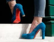 Invata sa cureti pantofii din piele intoarsa