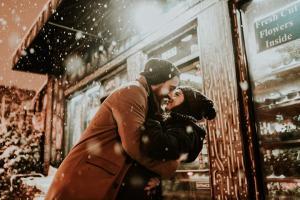 5 Gesturi care pastreaza iubirea intr-o relatie