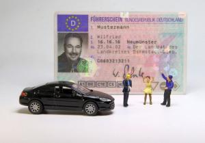 Trebuie sa-ti reinnoiesti permisul auto? Iata cum sa te pregatesti