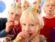 Gandurile unei femei mature: Petrecere de ziua copilului au ba?