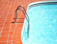 Cat de murdare sunt piscinele publice?