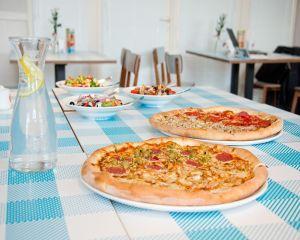 Pizza congelata din comert: 6 aditivi alimentari periculosi pentru sanatate
