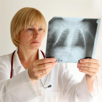Cum se trateaza pneumonia?