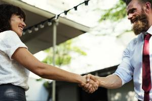 7 sfaturi utile pentru pranz de afaceri reusit