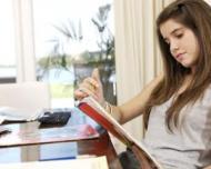 Cum ii ajutam pe cei mici sa obtina note mari la examene