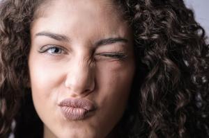 Cum alegi produsele de curatare a tenului