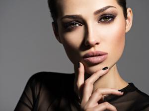 Cum sa te remarci? 9 detalii feminine care fac diferenta