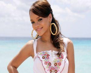 Ce dieta urmeaza Rihanna pentru a arata atat de bine