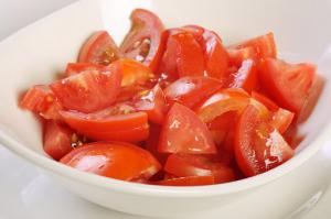 Dieta cu salata de rosii te ajuta sa slabesti rapid