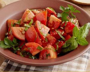 Detoxifierea dupa Paste: dieta cu rosii