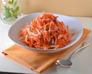 Salata de cruditati - reteta simpla si satioasa