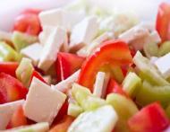 Secrete pe care le afli din salata