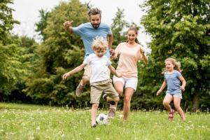 Cum sa iti petreci timpul cu copiii in aer liber