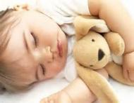 EXPERTUL VA RASPUNDE: Somnul ajuta copiii sa creasca sanatos si frumos