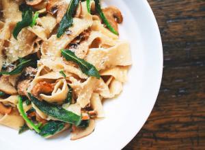 Noodles sau spaghete? Care este alegerea sanatoasa?