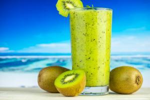 Sucul de kiwi - Excelent pentru piele si par!