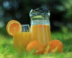 Sucul de portocale: top 5 beneficii pentru sanatate