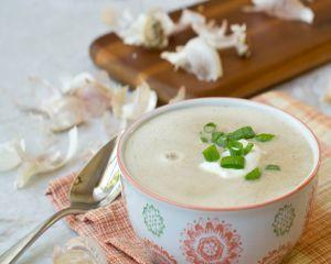 Supa de usturoi: reteta de succes in combaterea asteniei de primavara