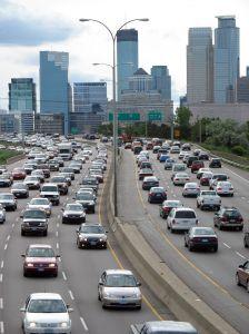 Riscul de accident vascular cerebral, influentat de zgomotul produs de trafic?