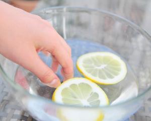 5 tratamente naturiste pentru ingrijirea unghiilor