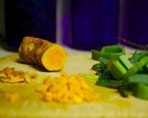 7 lucruri care se intampla in organismul tau atunci cand mananci turmeric