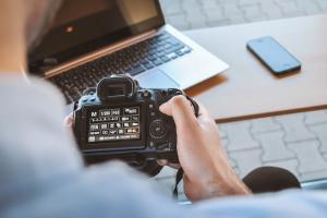 George Brailoiu: cum arata o zi din viata unui fotograf