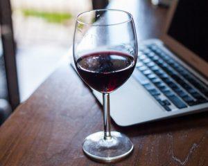 Vinul rosu - beneficii si contraindicatii
