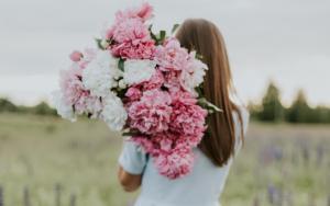 5 parfumuri inspirate pentru femei cu o personalitate puternica