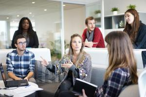 5 Greseli pe care le facem des la locul de munca
