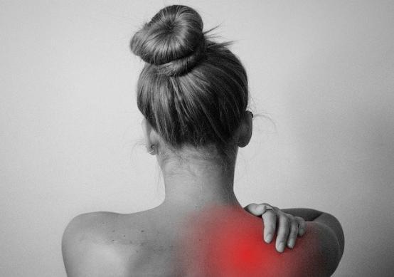 Trucuri simple pentru a scapa de durerea de spate